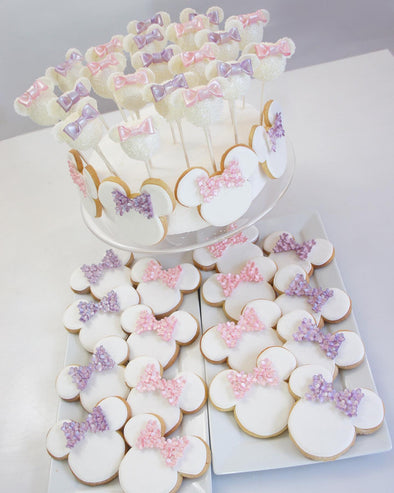 Minnie Mouse Cookies And Cake Pops - Tuck Box Cakes