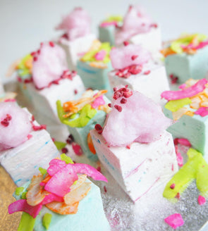 Candy Floss Marshmallows - Tuck Box Cakes