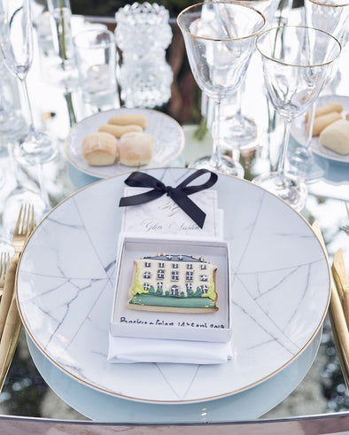 Wedding Venue Wedding Favours - Tuck Box Cakes
