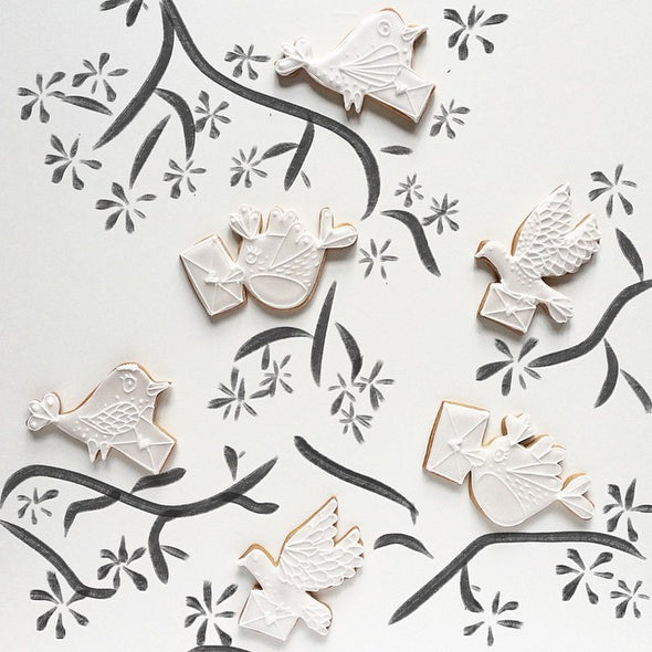 White Wedding Bird Cookie Favours - Tuck Box Cakes