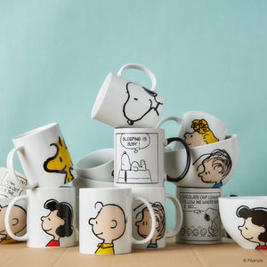 PEANUTS mug comic sleeping