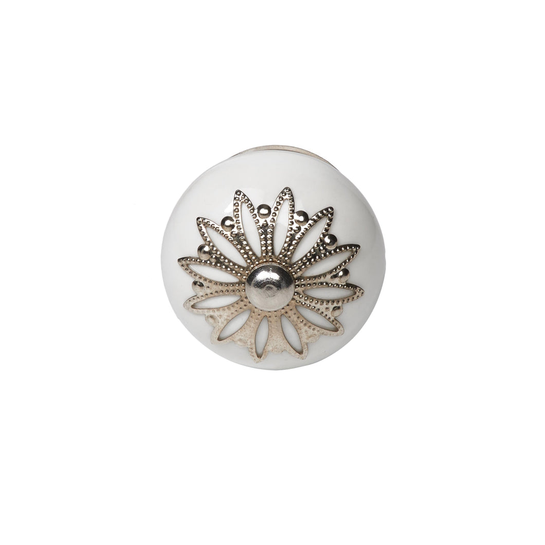 OPEN furniture knob white,metall ornam.