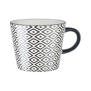ORNAMENTS mug black/white design 1