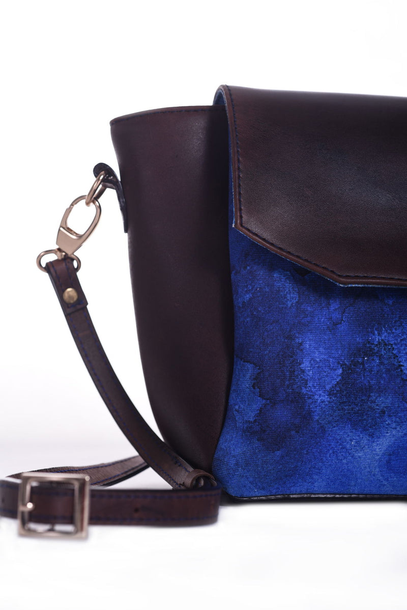 City Crossbody Bag: Blue Wash