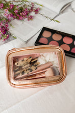 Load image into Gallery viewer, Gold and Glam 5 Pcs Brush Set With Pouch