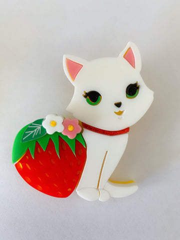 Strawberry Kitty - Brooch