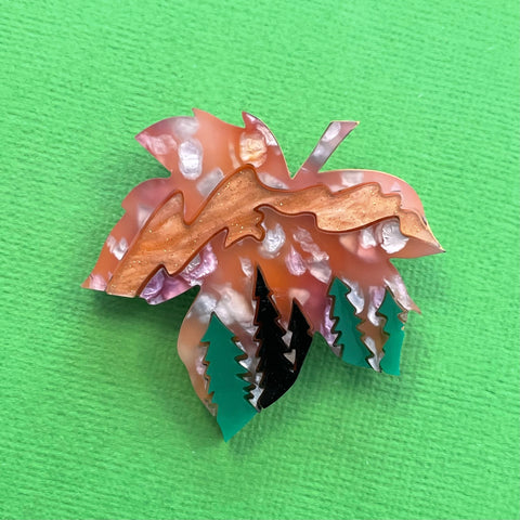 Autumn Aurora Forest Leaf 🍁- Brooch