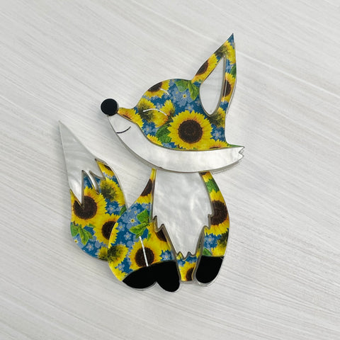 Amelia the sunflower 🦊 fox  - Brooch