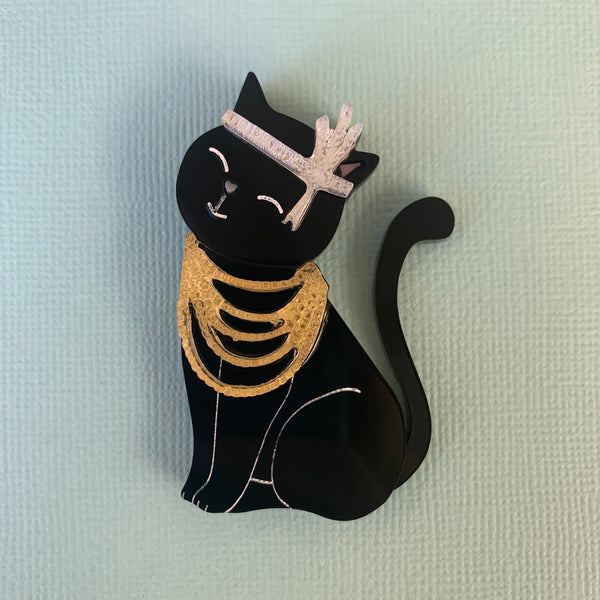Mrs Catsby black kitty brooch