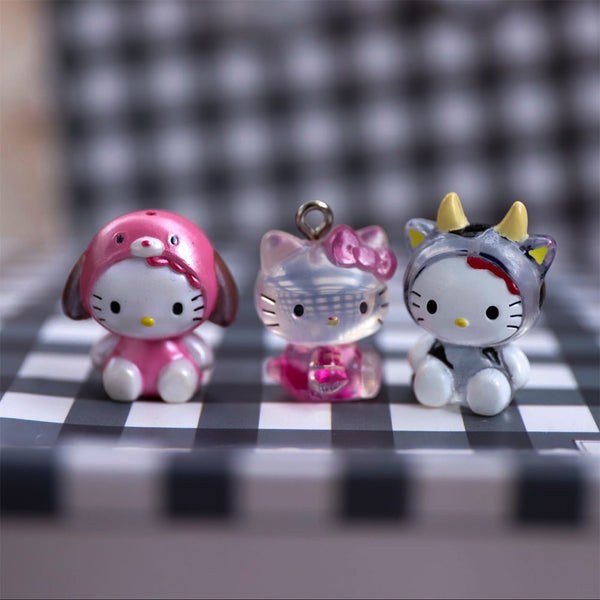 1pcs Kids Gifts Mini Figurine Hello kitty Decoration Cute Doll Model Toys 2cm - X-Marks