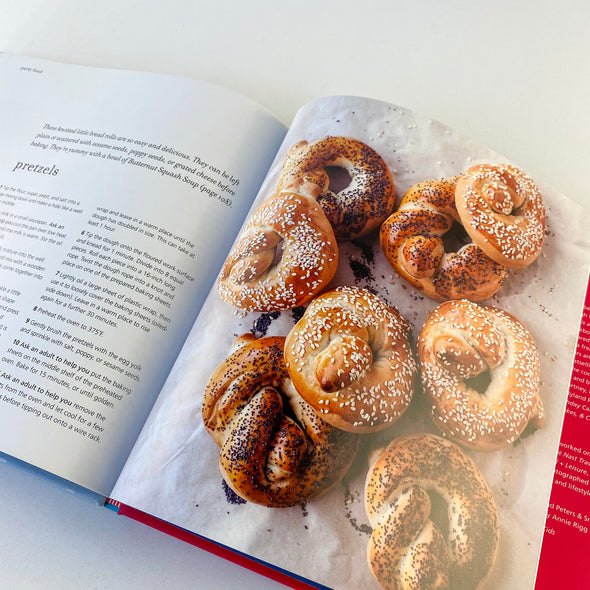 Christmas Cooking With Kids Cookbook - Pretzels
