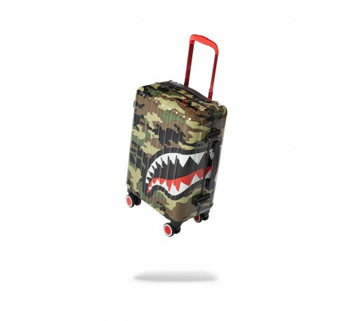 SPRAYGROUND - 22'' CAMO SHARKMOUTH CARRY-ON