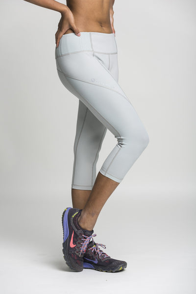 3/4 crops -  light grey & mesh