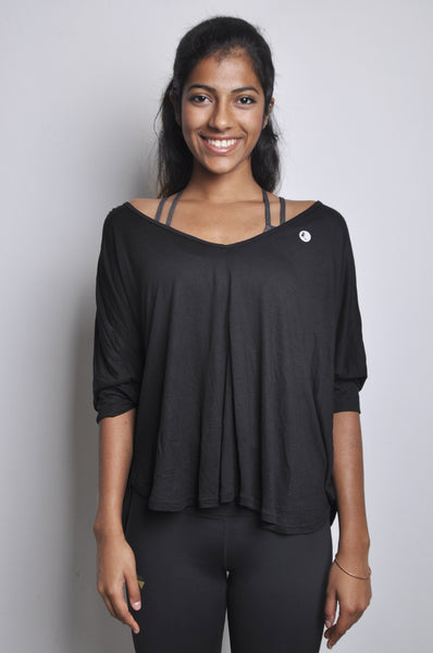 vera soft rayon top in black