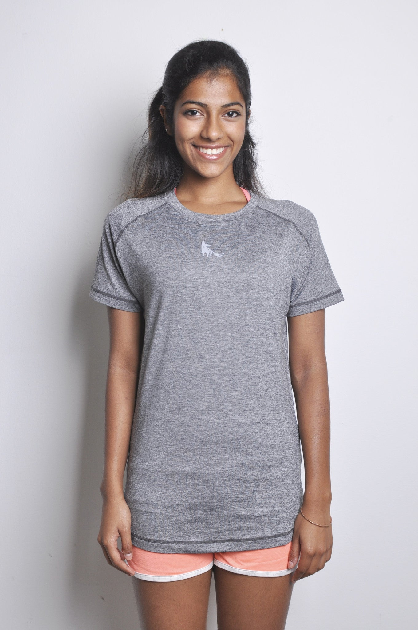 athletic nimble tee in charcoal