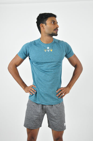 athletic nimble tee in moonstone