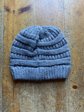 Load image into Gallery viewer, CC CC Beanies CC Beanie - Speckled - Grey