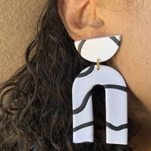 Load image into Gallery viewer, EnergynSoul Earring - Jesse White