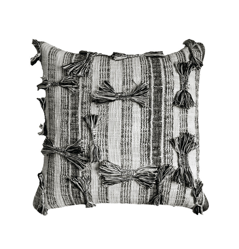 Cushion - Ludvik - Black/Cream