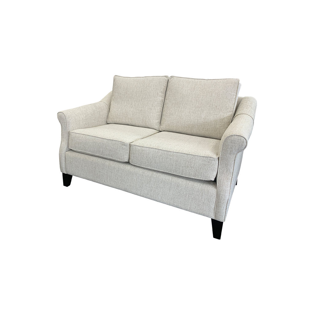 Flora 2str sofa with rolled arms