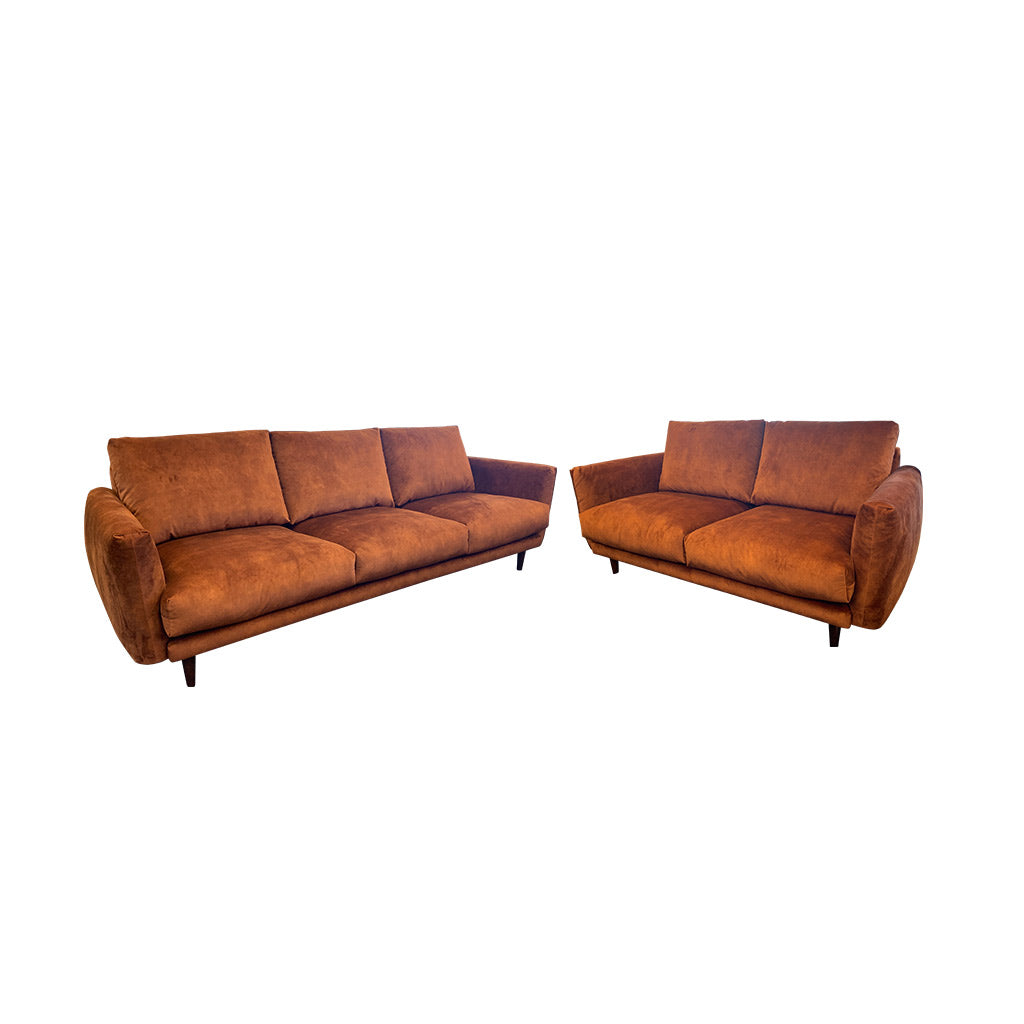 Gatsby fabric suite - Rust with timber leg