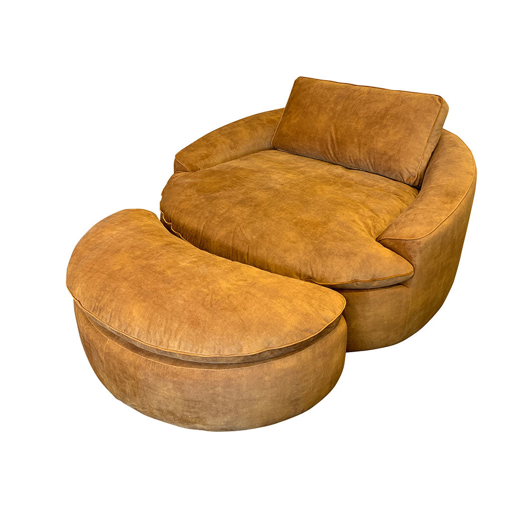 Hutch round lounge chair in gold fabric