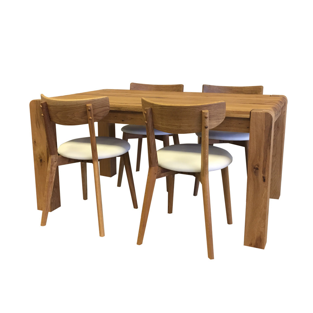 Imola Table and Pillo Chairs