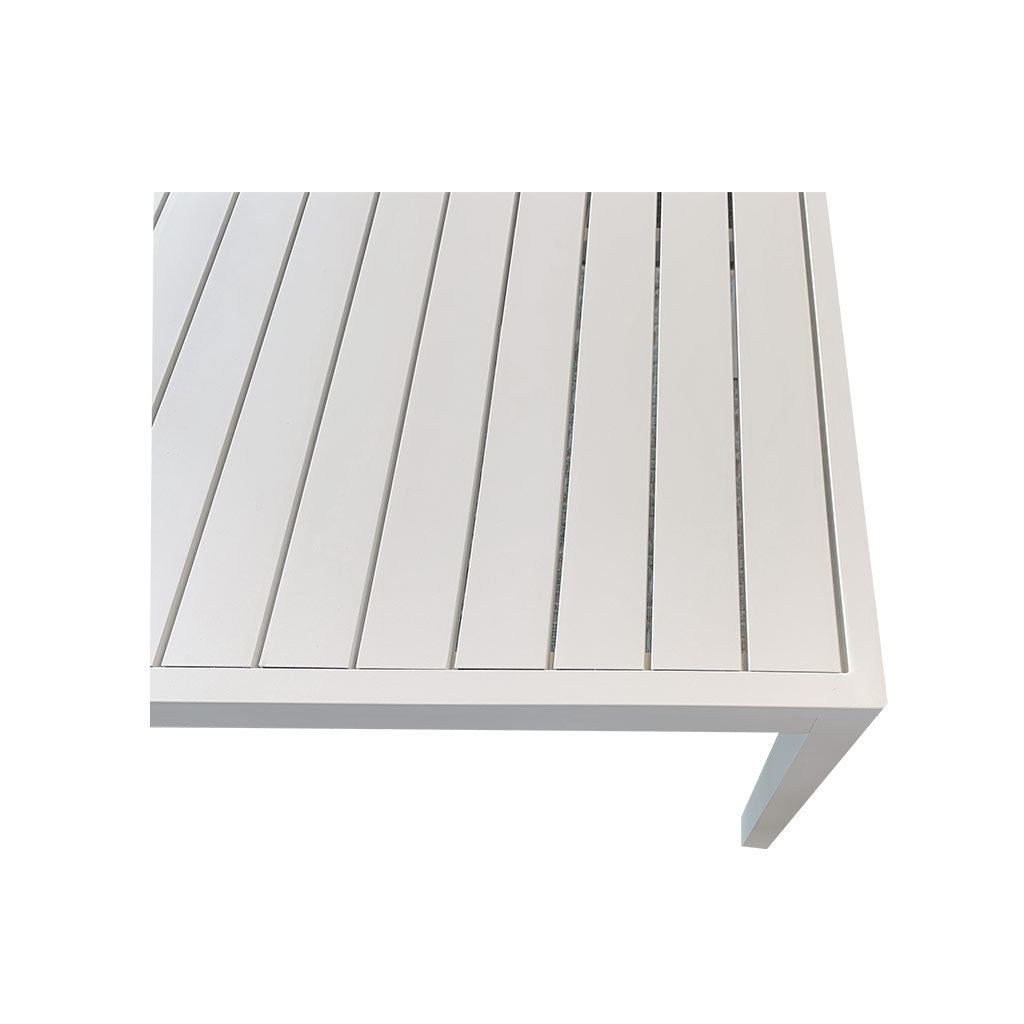 Oasis white powder coated aluminium table - close-up