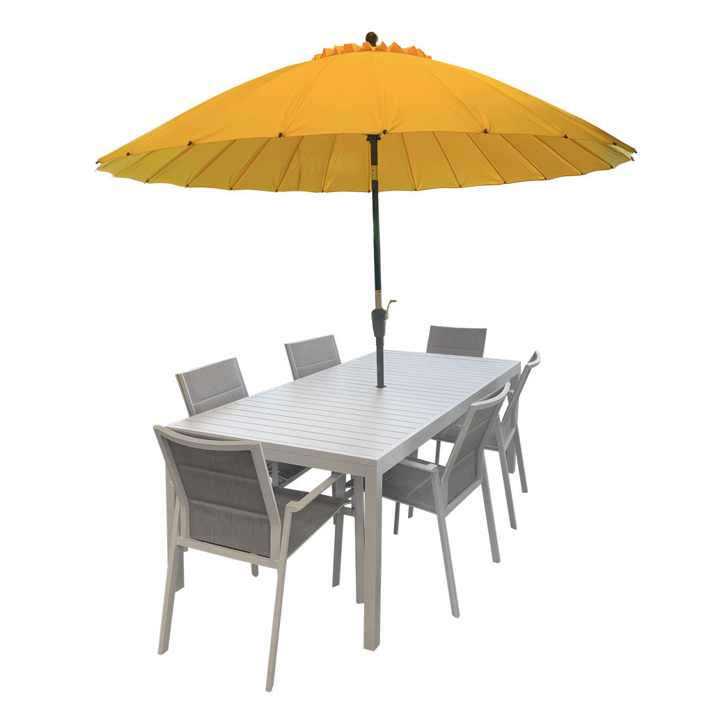 Oasis outdoor table - with umbrella hole
