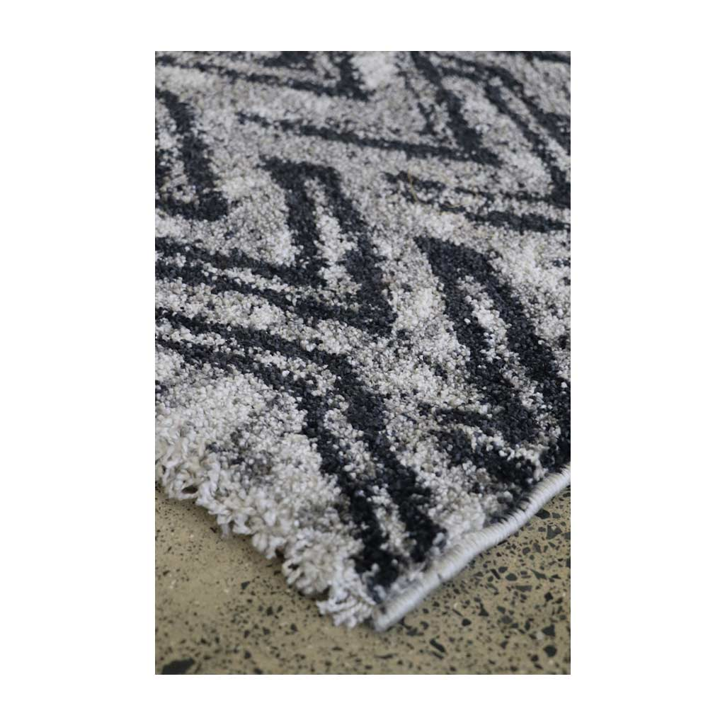 Manon Rug - Light Grey - edge detail