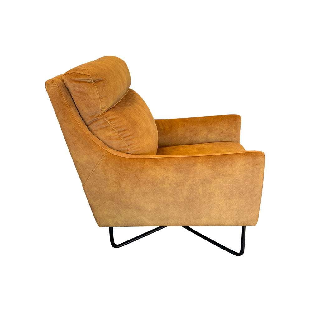Trento armchair in velvet fabric