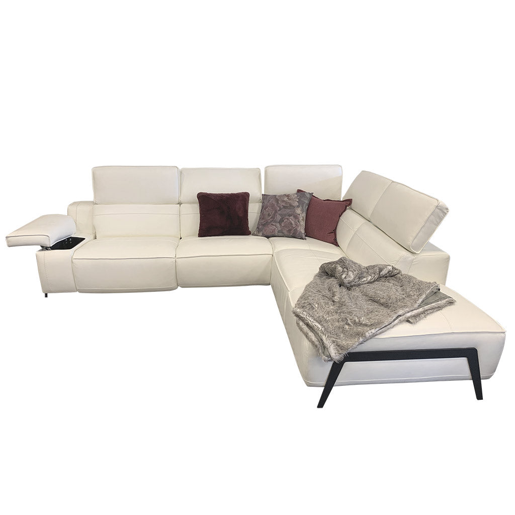 Valley sofa in White Leather