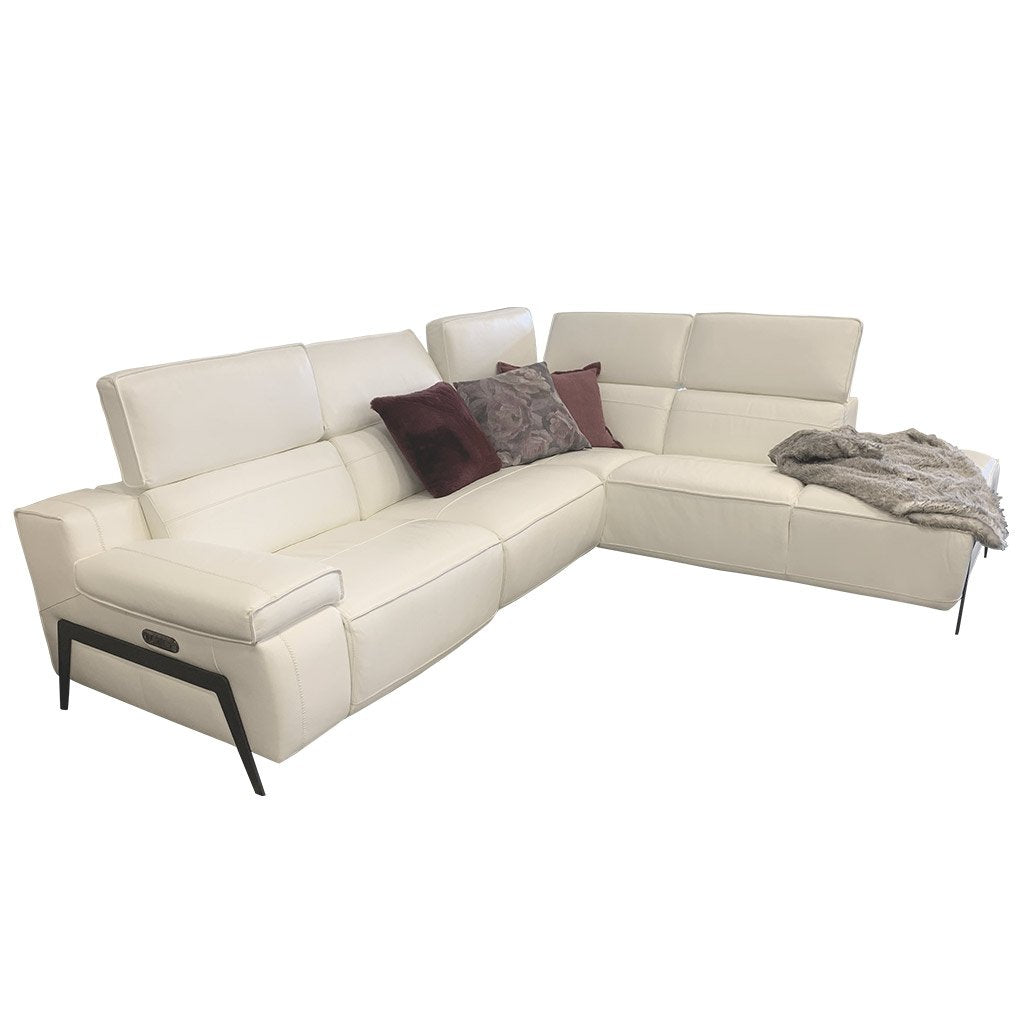 Valley sofa in white leather - side view