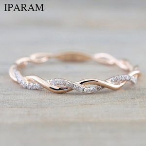 Rose Gold Color Twist Classical Cubic Zirconia Ring for Women.