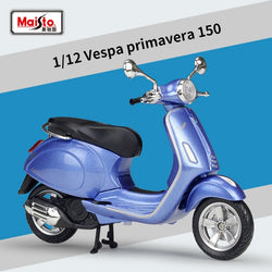 Maisto Vespa Primavera 150 Scooter Diecast Motorcycle toy for kids