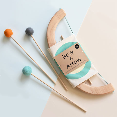 Tangerine Studio wooden toys bow and arrow green arc et fleches en bois vert Montreal Canada
