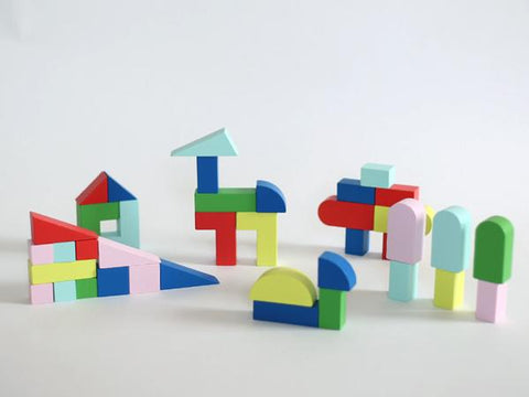 alpha shapes wooden blocks blocs en bois