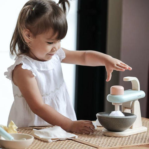 plan toys stand mixer set kid de pâtissier 3624