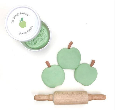 the dough parlour montreal quebec canada pomme verte green apple play dough pâte à modeler modeling clay 100% natural naturel