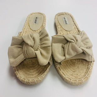 Primary Photo - BRAND: NOT RATED STYLE: SANDALS FLAT COLOR: TAN SIZE: 6.5 SKU: 211-211154-536