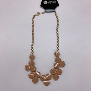 Primary Photo - BRAND:    CLOTHES MENTOR STYLE: NECKLACE COLOR: GOLD SKU: 211-211148-904