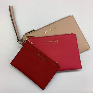 Primary Photo - BRAND: MICHAEL BY MICHAEL KORS STYLE: WRISTLET COLOR: MULTI SIZE: 03 PIECE SET SKU: 211-211139-10723