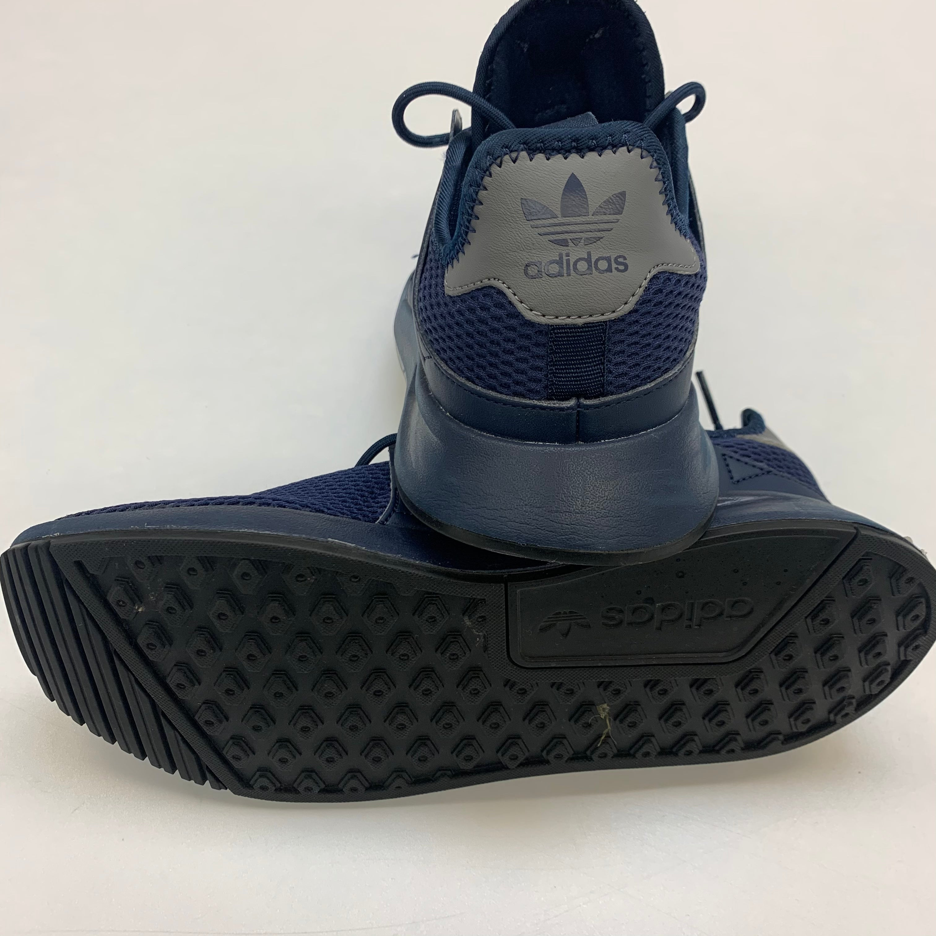 Photo #2 - BRAND: ADIDAS <BR>STYLE: SHOES ATHLETIC <BR>COLOR: NAVY <BR>SIZE: 8 <BR>SKU: 211-21164-73661