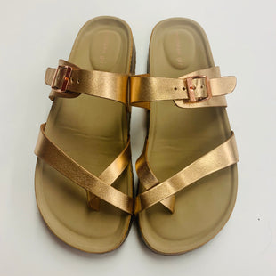 Primary Photo - BRAND: MADDEN GIRL STYLE: SANDALS FLAT COLOR: GOLD SIZE: 5 SKU: 211-211153-294