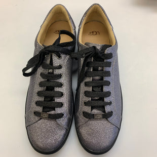 Primary Photo - BRAND: UGG STYLE: SHOES ATHLETIC COLOR: SILVER SIZE: 12 SKU: 211-211154-2156