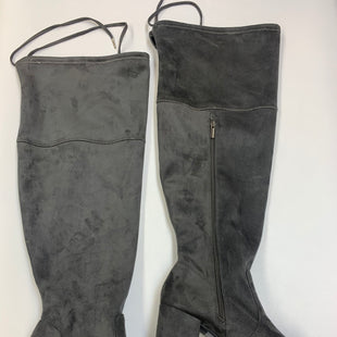 Primary Photo - BRAND: TORRID STYLE: BOOTS KNEE COLOR: GREY SIZE: 9.5 SKU: 211-211145-2374