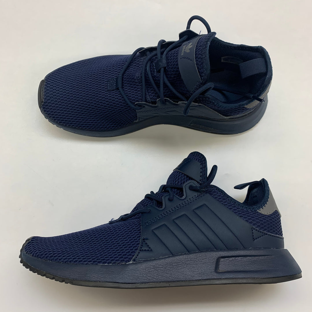 Primary Photo - BRAND: ADIDAS <BR>STYLE: SHOES ATHLETIC <BR>COLOR: NAVY <BR>SIZE: 8 <BR>SKU: 211-21164-73661