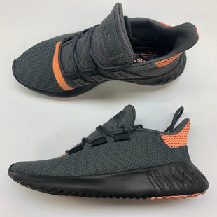 Primary Photo - BRAND: ADIDAS STYLE: SHOES ATHLETIC COLOR: GREY SIZE: 8 SKU: 211-21164-73660