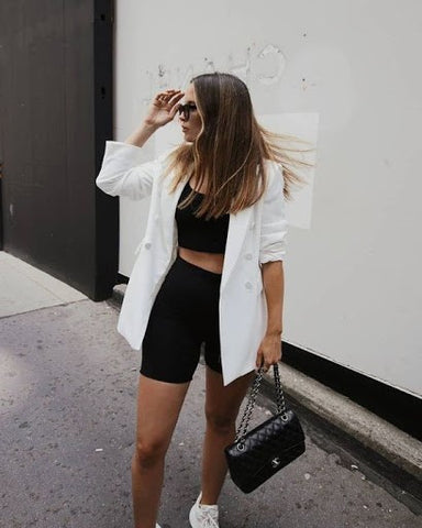 black and white trend 2021