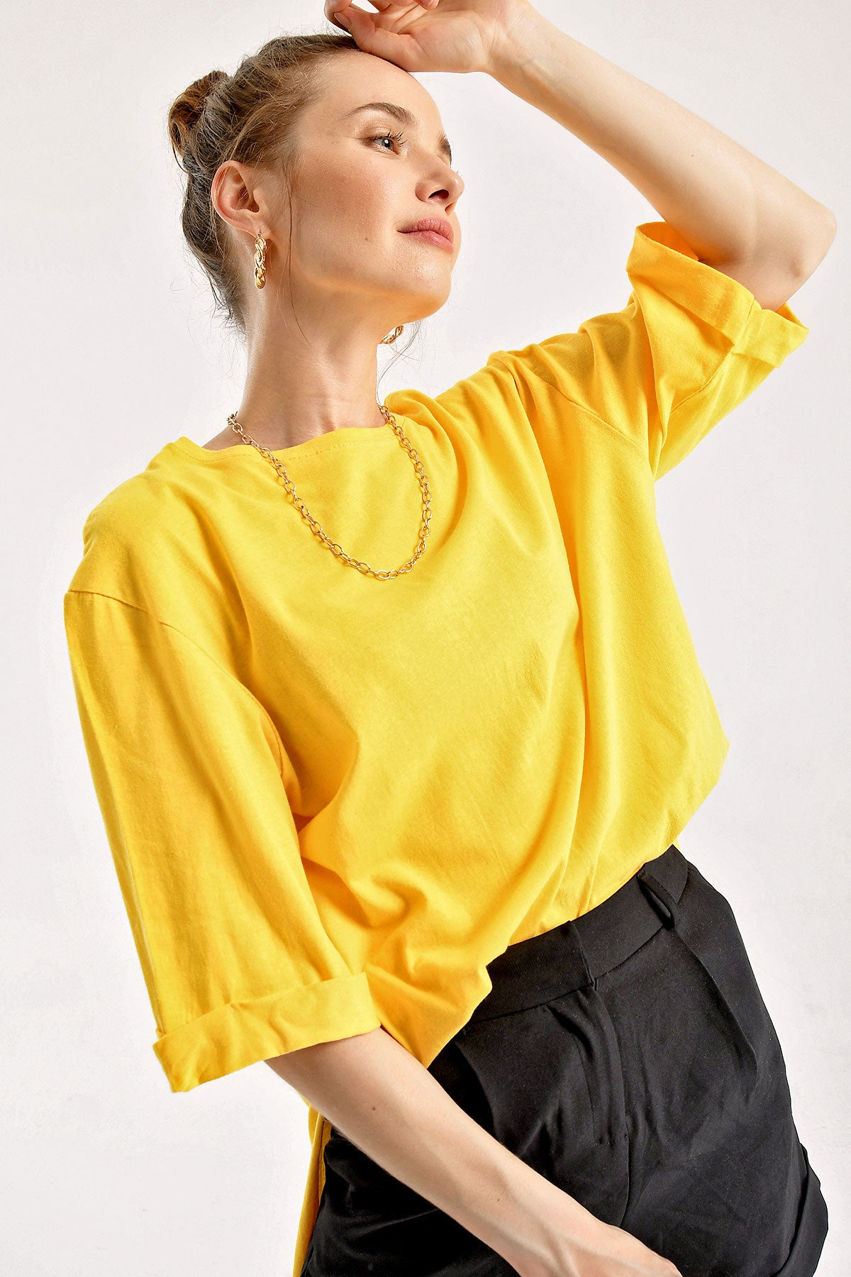 Women's Roll-up Sleeves Slit Shabby Yellow T-shirt